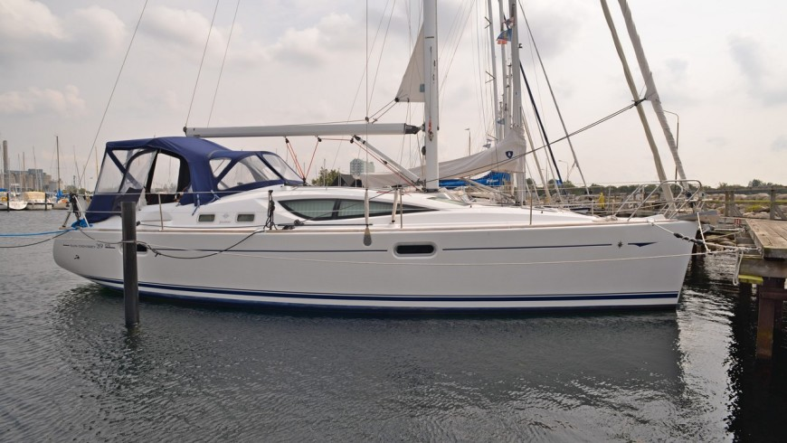 Sun Odyssey 39DS, 2007