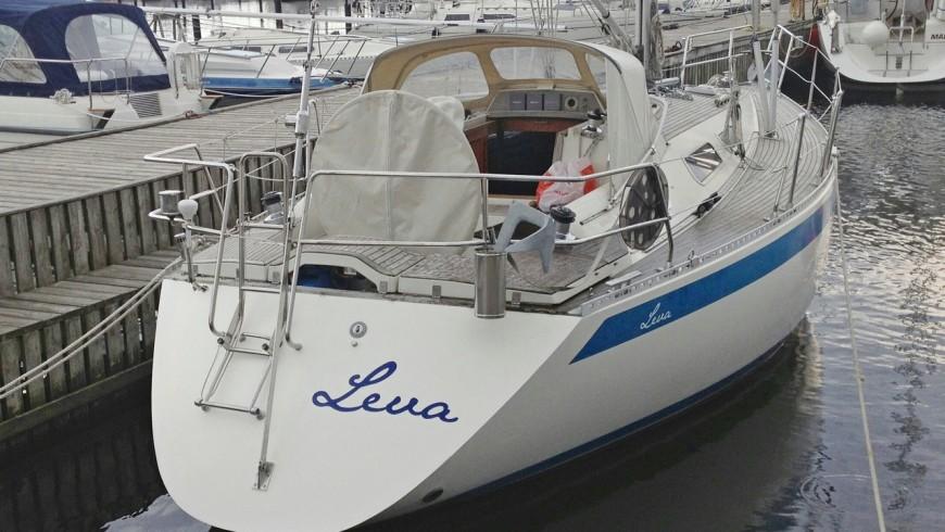 Sweden Yacht 340, 1987